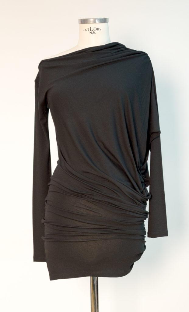 Oberteil und Kleid in einem